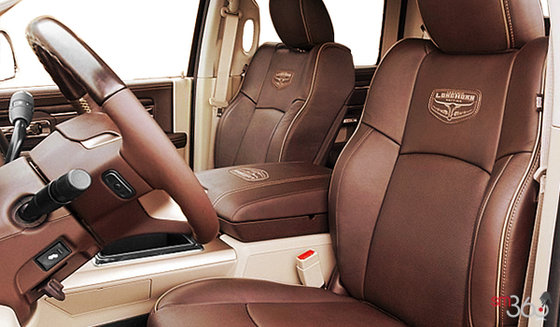 Bucket Seats in Canyon Brown/Light Frost Beige Vented Leather (DJUI)