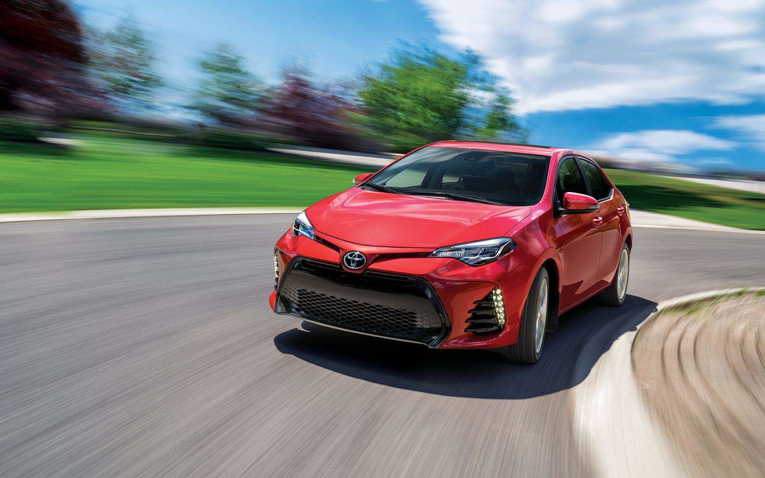 Letu0027s Compare The 2018 Hyundai Elantra To The 2018 Toyota Corolla That You  Can Check Out At Amherst Toyota, In Amherst In Nova Scotia, Near Moncton.