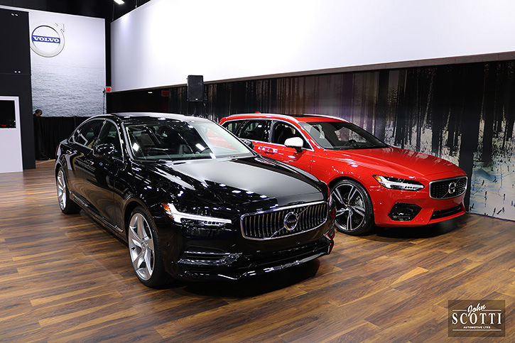 Salon de l'auto Montreal 2018 - volvo sur l'affichage