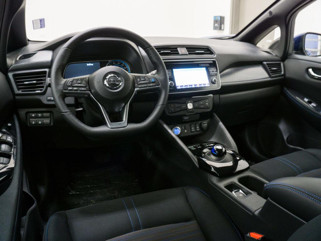 2018 Nissan Leaf - leaf steering wheel