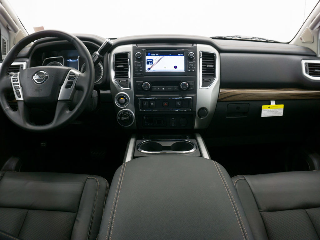 Nissan Titan XD - front steering compartment