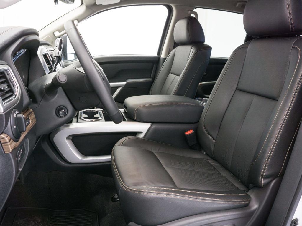 Nissan Titan XD - Front Seats