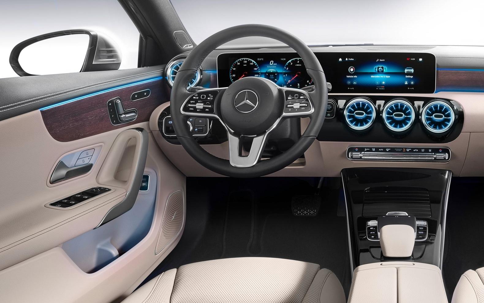 2019 Mercedes-Benz A-Class - inside of vehicle