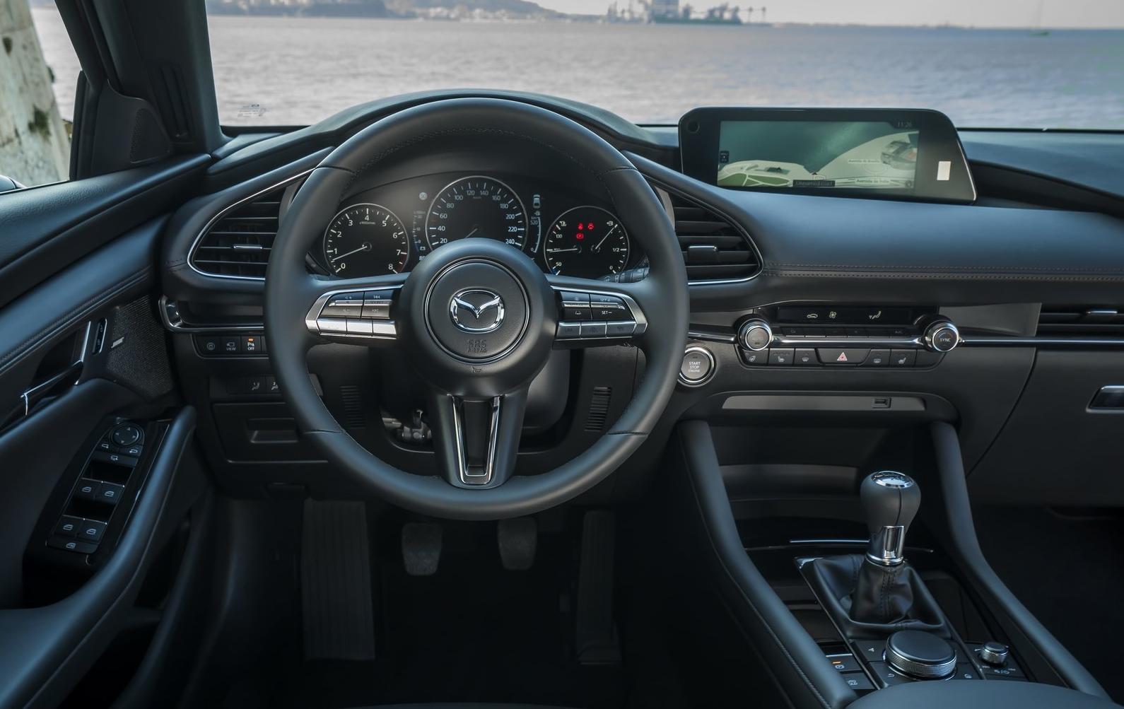 Mazda3 2019 - SKYACTIV volant