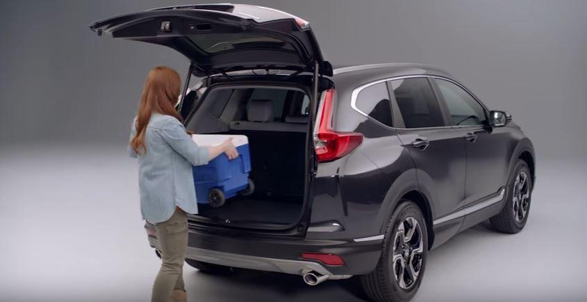 Honda CR-V 2017 – Hayon électrique et accès mains libres