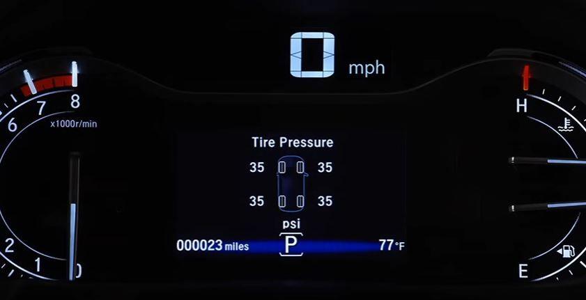 Système de surveillance de la pression des pneus avec assistance au gonflage
