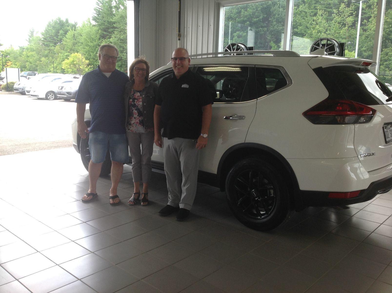 Merci à M. Jean Paul Leroux de Saint-Jérôme pour l'achat de son nouveau Nissan Rogue 2019!