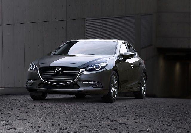 Une conduite plus inspirée que jamais pour la Mazda3 2017