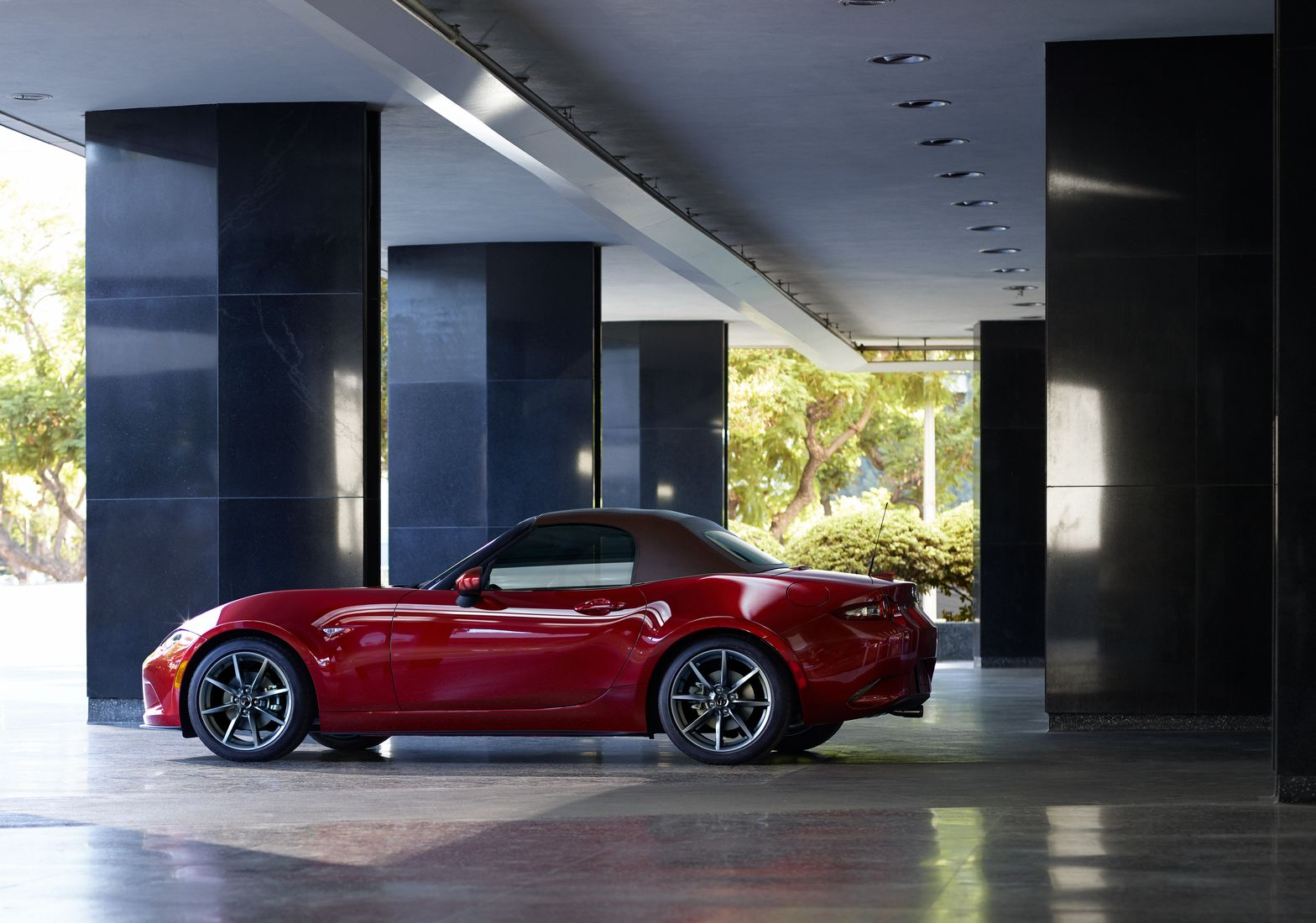 THE BUZZ IS STRONG ON THE NEW 2019 MAZDA MX-5!
