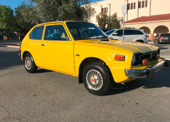 One-Family Since New - 1975 Honda Civic Goes Up For Auction