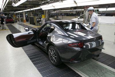 Mazda a commencé la production de la Mazda MX-5 RF