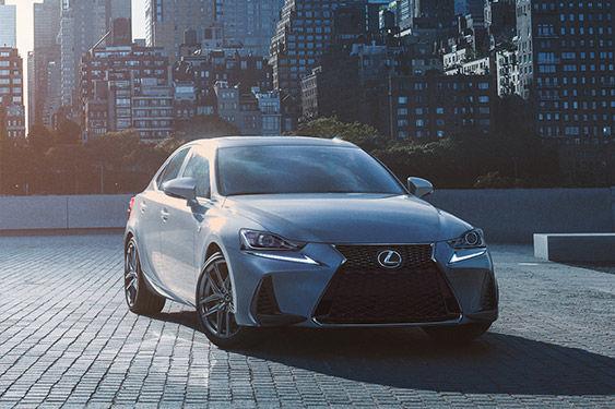 Coup d'œil sur la Lexus IS 350 AWD F SPORT 2019