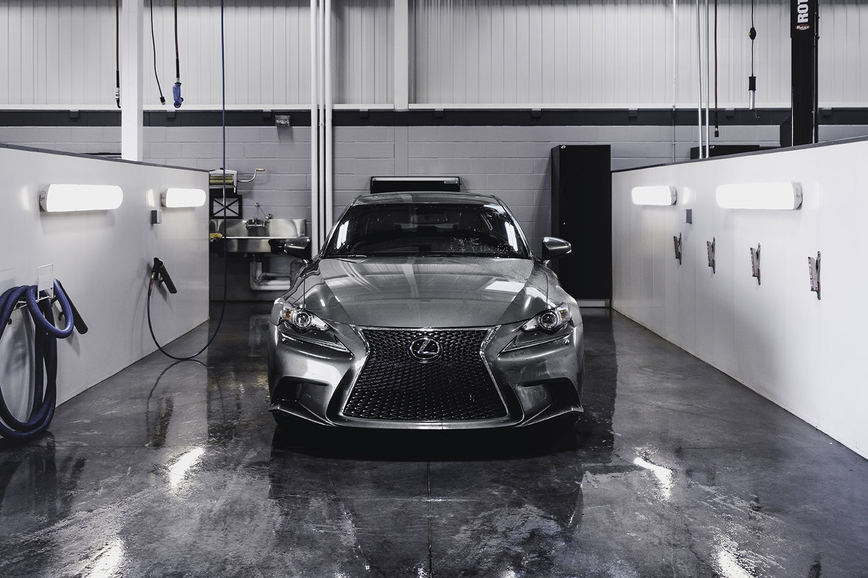 Finition esthétique Réflexions de Lexus