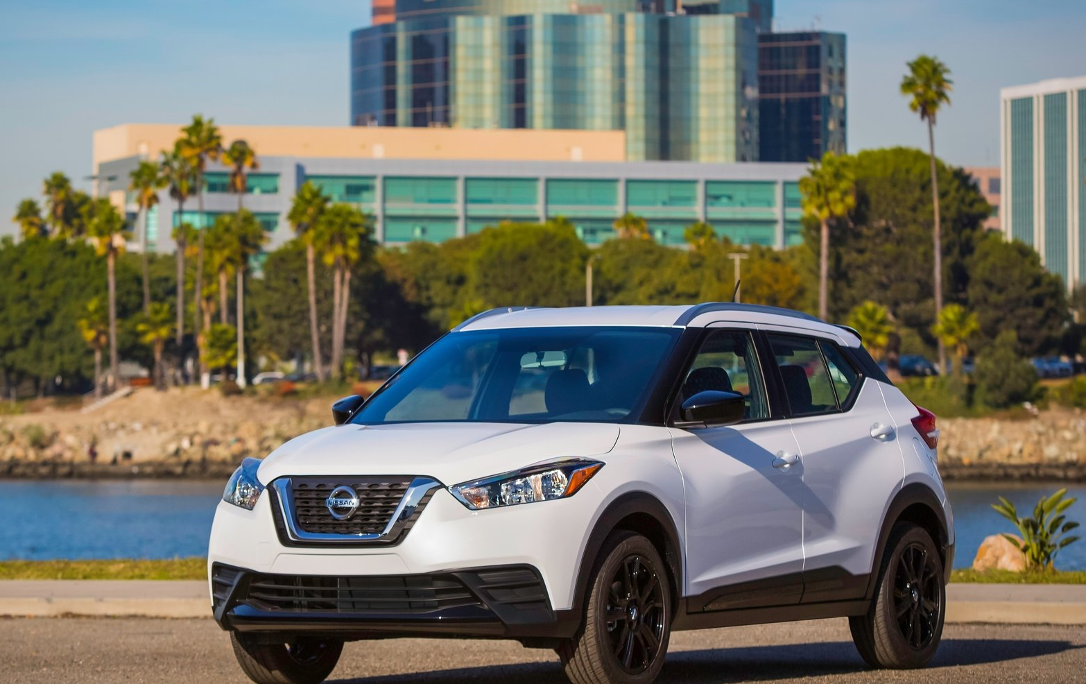 2019 Nissan Kicks vs. Ford EcoSport