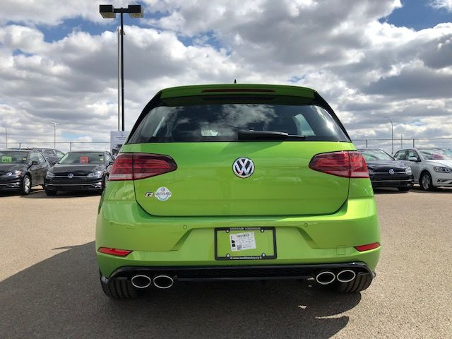 Straight From Germany: The New Golf R!