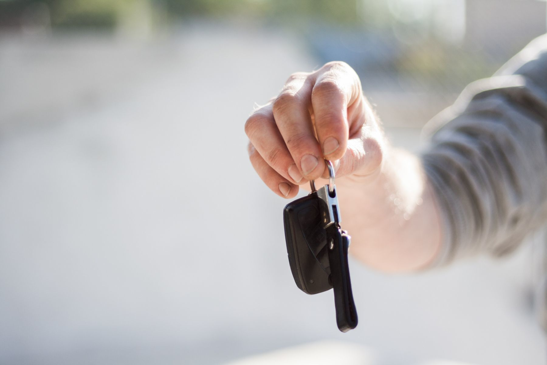 How to Make Sure a Pre-Owned Car Is Reliable