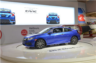 All-New 10th Generation Honda Civic Coupe Makes Canadian Debut