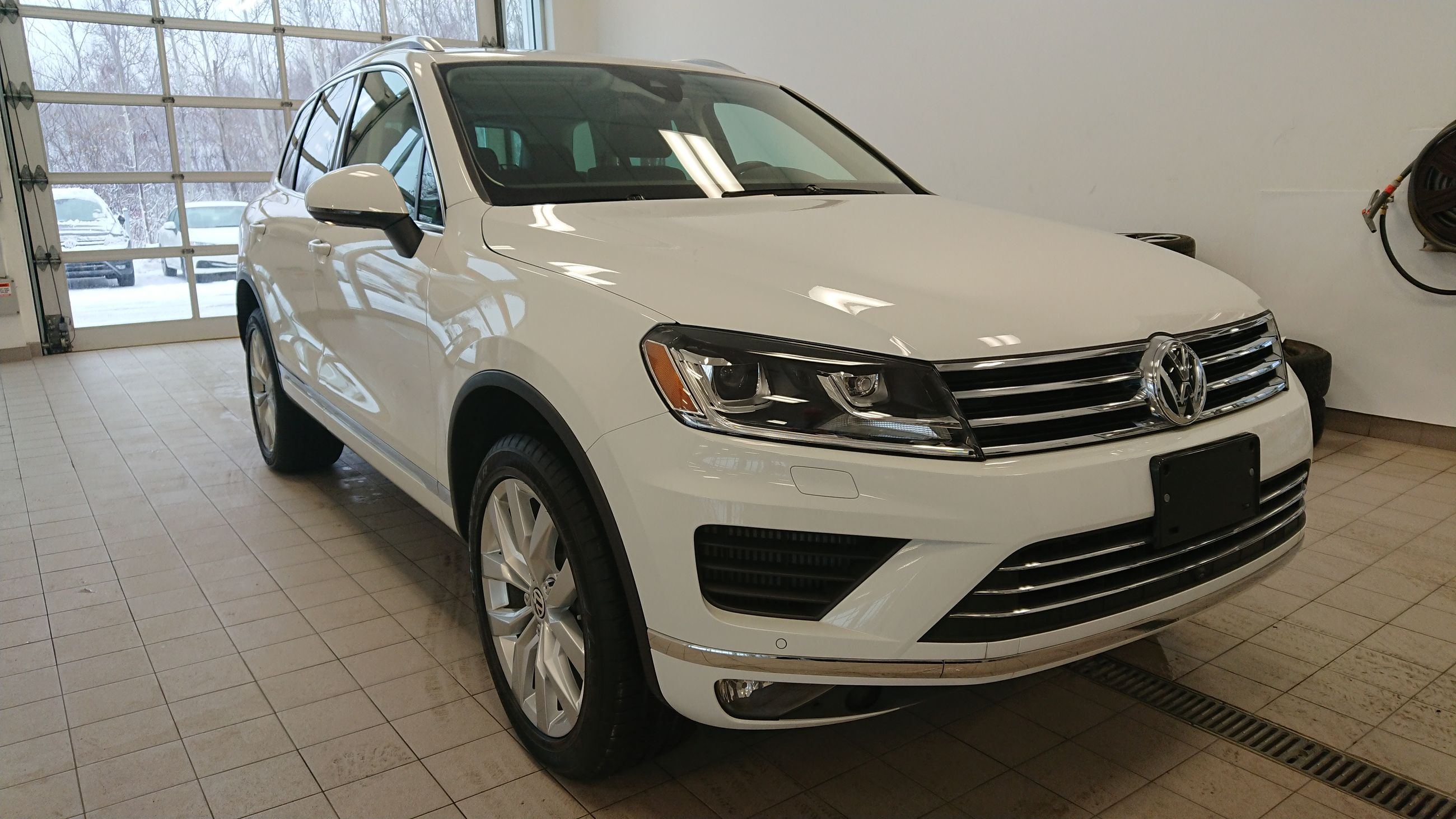 Used 2015 Volkswagen Touareg *TRES BAS KM* TDI Execline *PROMO PNEUS HIVER* for  Sale - $46995.0 | Complexe 440