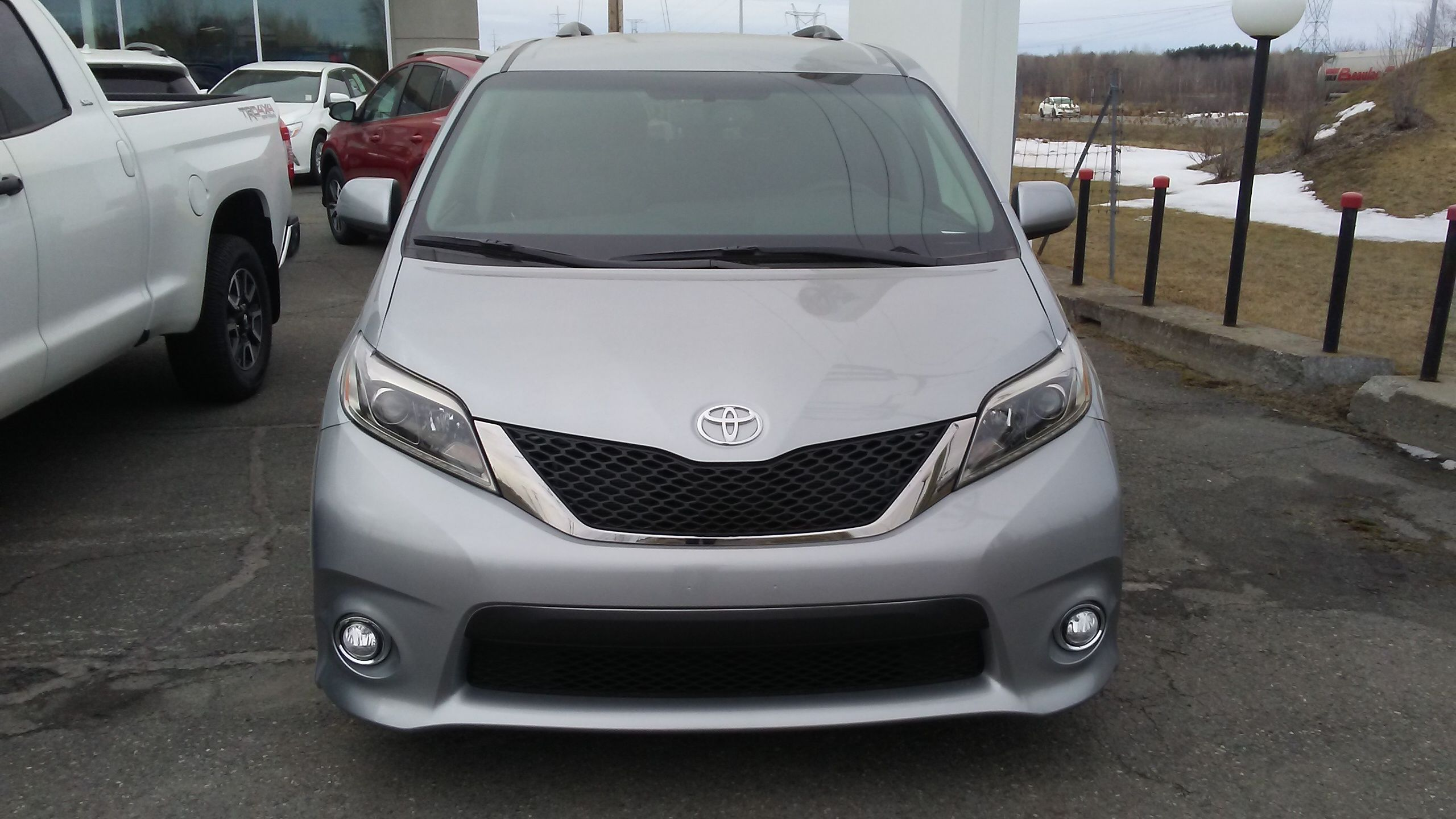 New 2017 Toyota SIENNA SE V6 8 PASS 8A for sale in Granby Granby