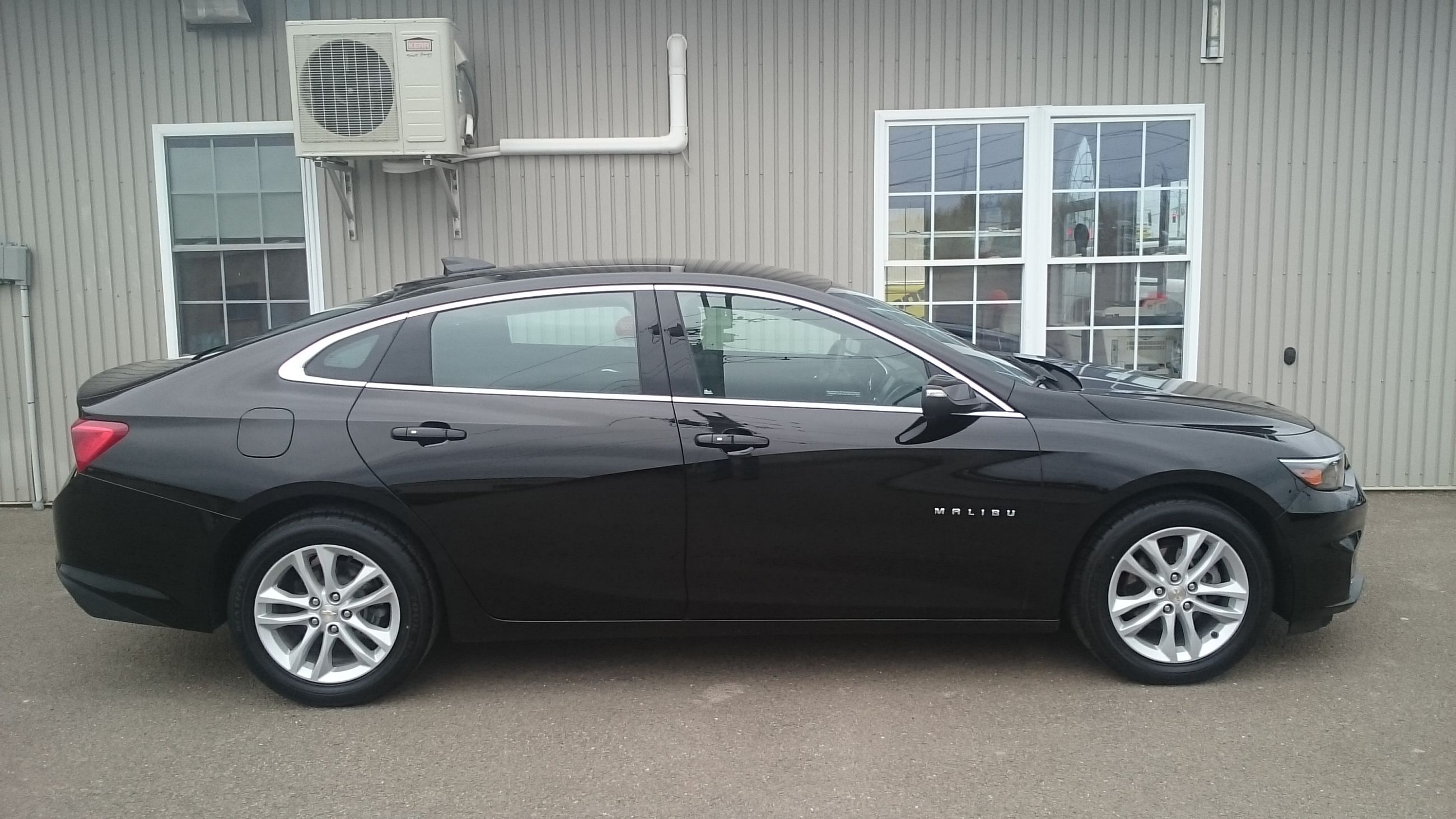 used 2016 chevrolet malibu lt in fredericton used inventory fredericton kia in fredericton. Black Bedroom Furniture Sets. Home Design Ideas