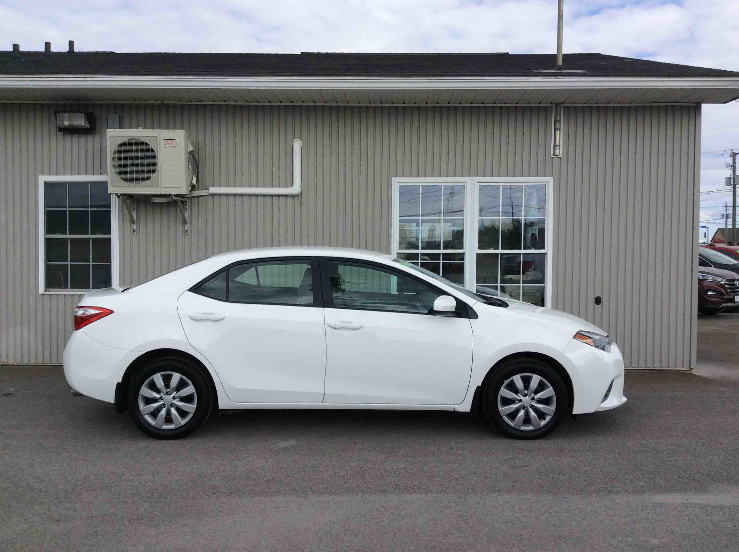 used vehicle toyota villa inventory en in l gatineau ce corolla quebec