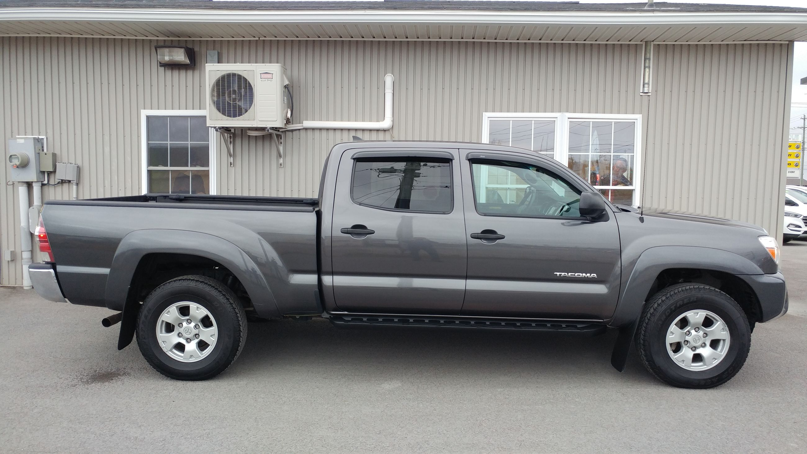 Used 2015 Toyota Ta a V6 SR5 in Fredericton Used inventory