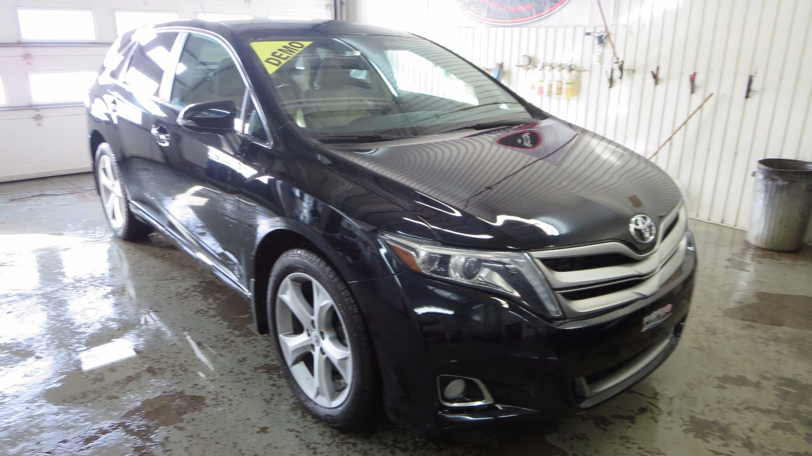 used 2015 toyota venza v6 awd limited in rivi re du loup used inventory riviere du loup. Black Bedroom Furniture Sets. Home Design Ideas