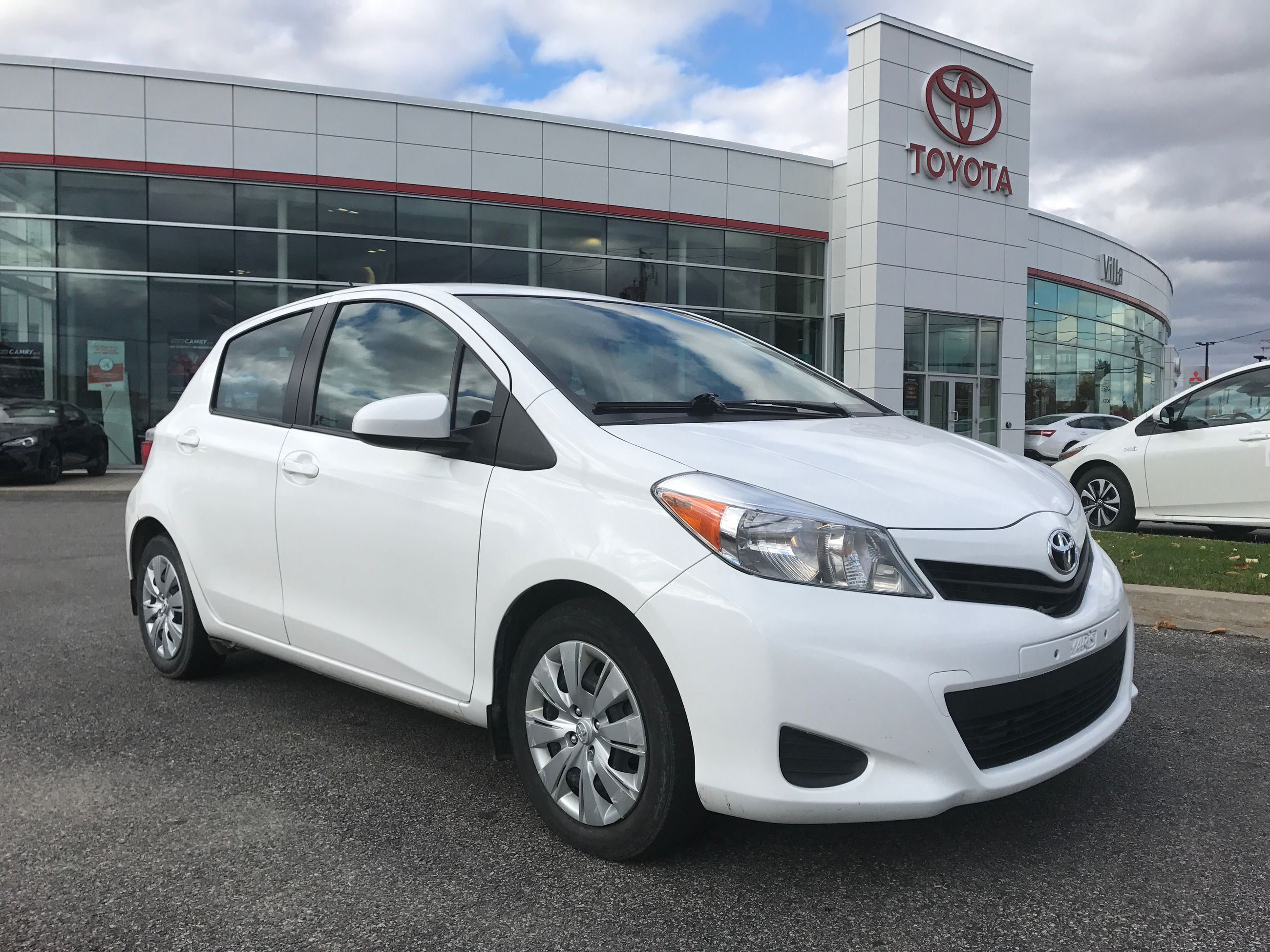 2014 toyota yaris le d 39 occasion gatineau inventaire d 39 occasion villa toyota gatineau. Black Bedroom Furniture Sets. Home Design Ideas