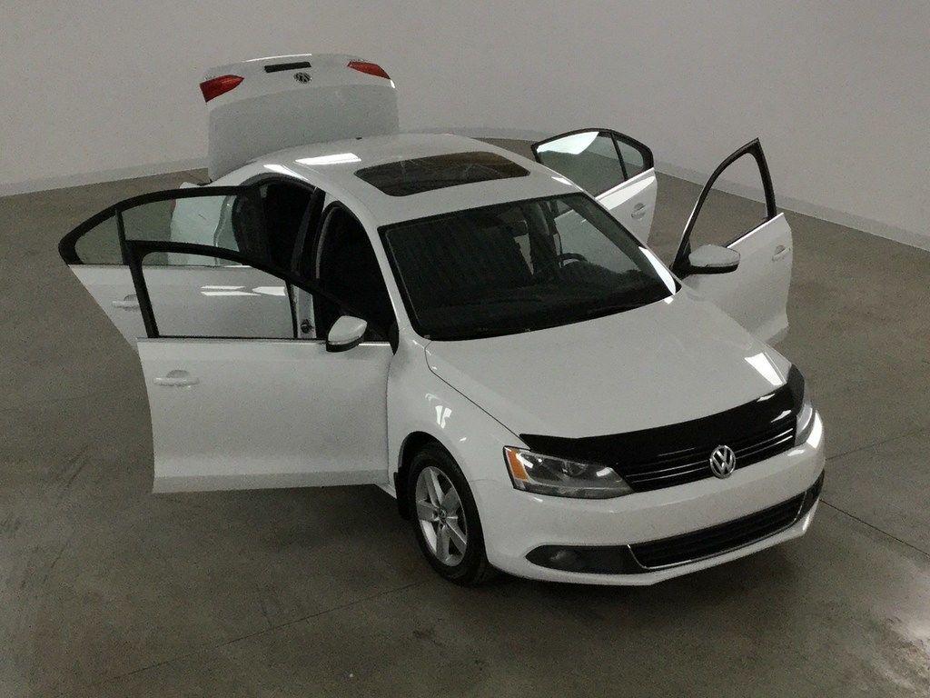 Carrefour 40 640 >> Volkswagen Jetta TDi Comfortline Toit Ouvrant*Mags* DSG 2014 71 824 KM Blanc neuf - 12895.0 ...