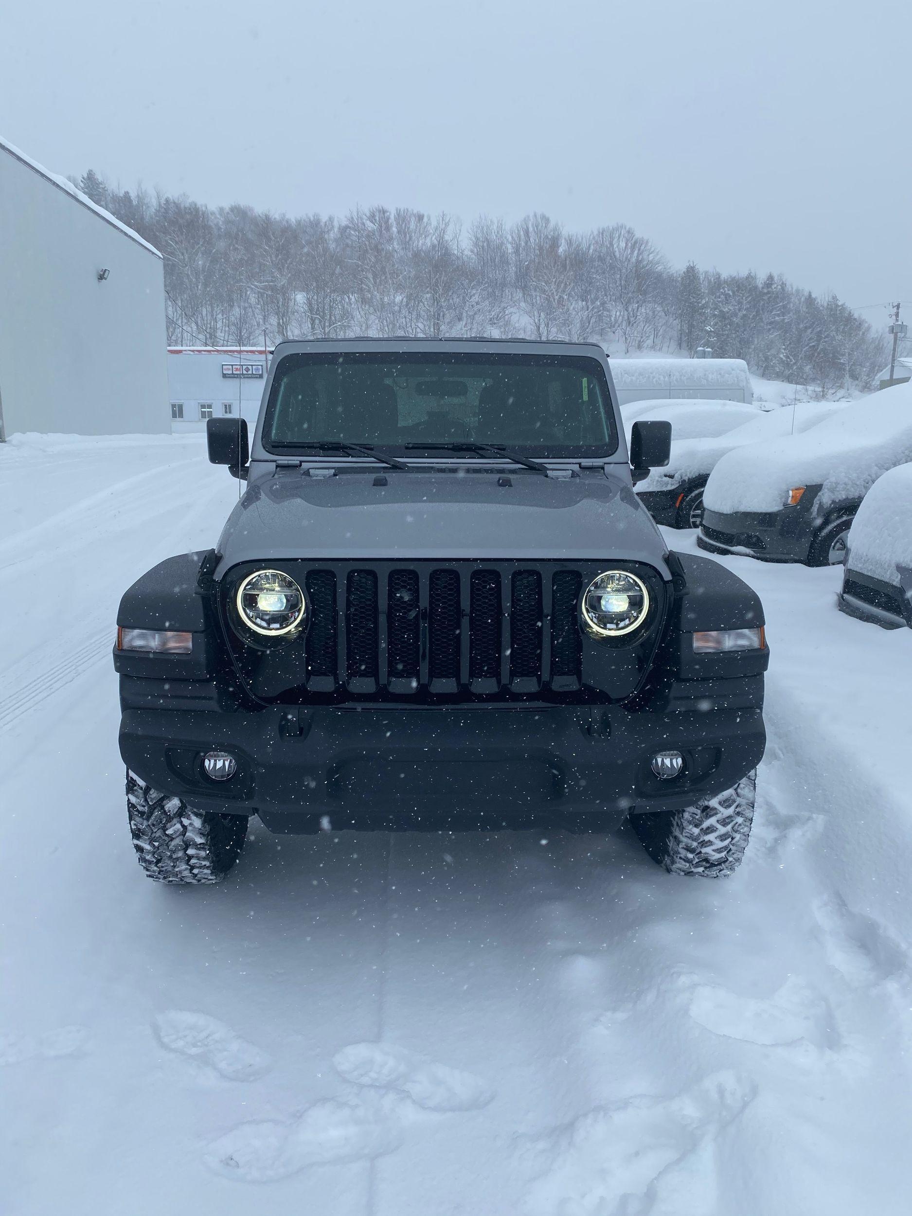 2020 Jeep Wrangler Willys Blue