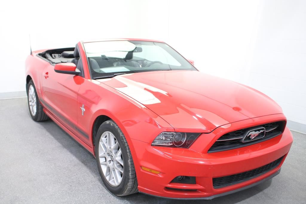 Used 2014 Ford Mustang CONVERTIBLE PREMIUM V6 BAS KILO!!!WOW!!! Red 17,056 KM for Sale - $23990 ...