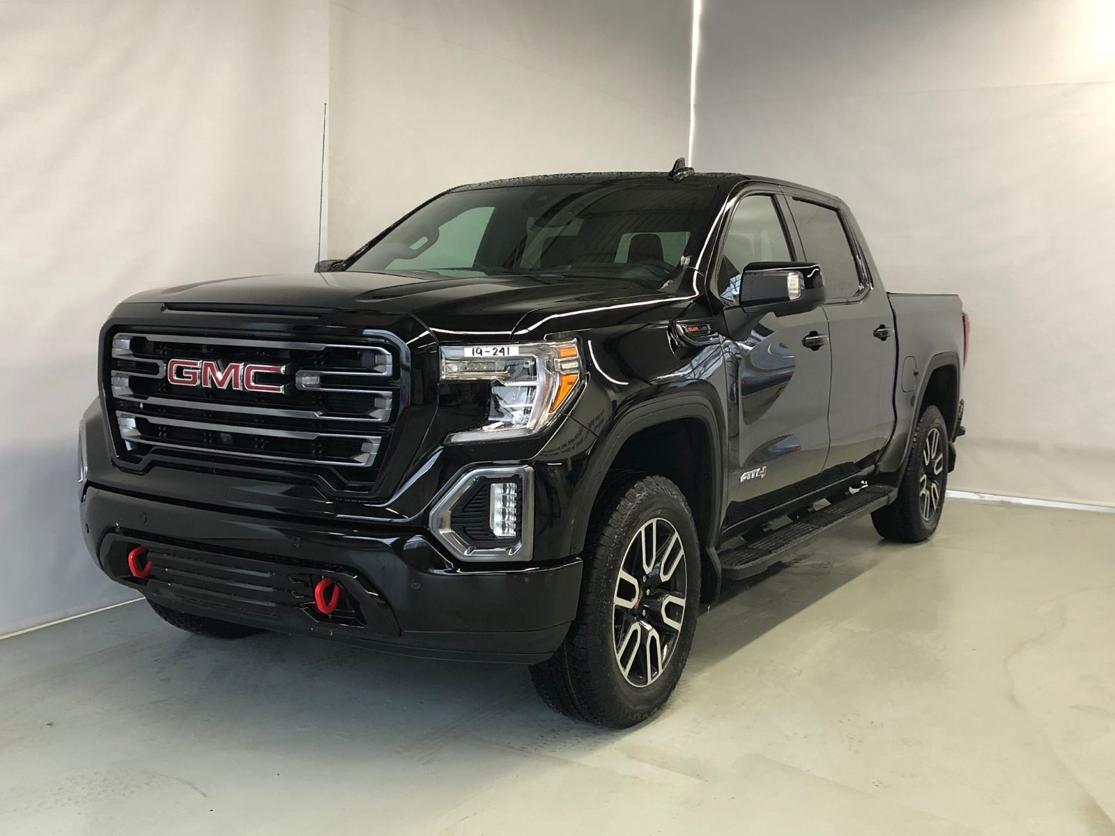 New 2019 GMC Sierra 1500 AT4, Crew Cab, S/Box Onyx Black ...