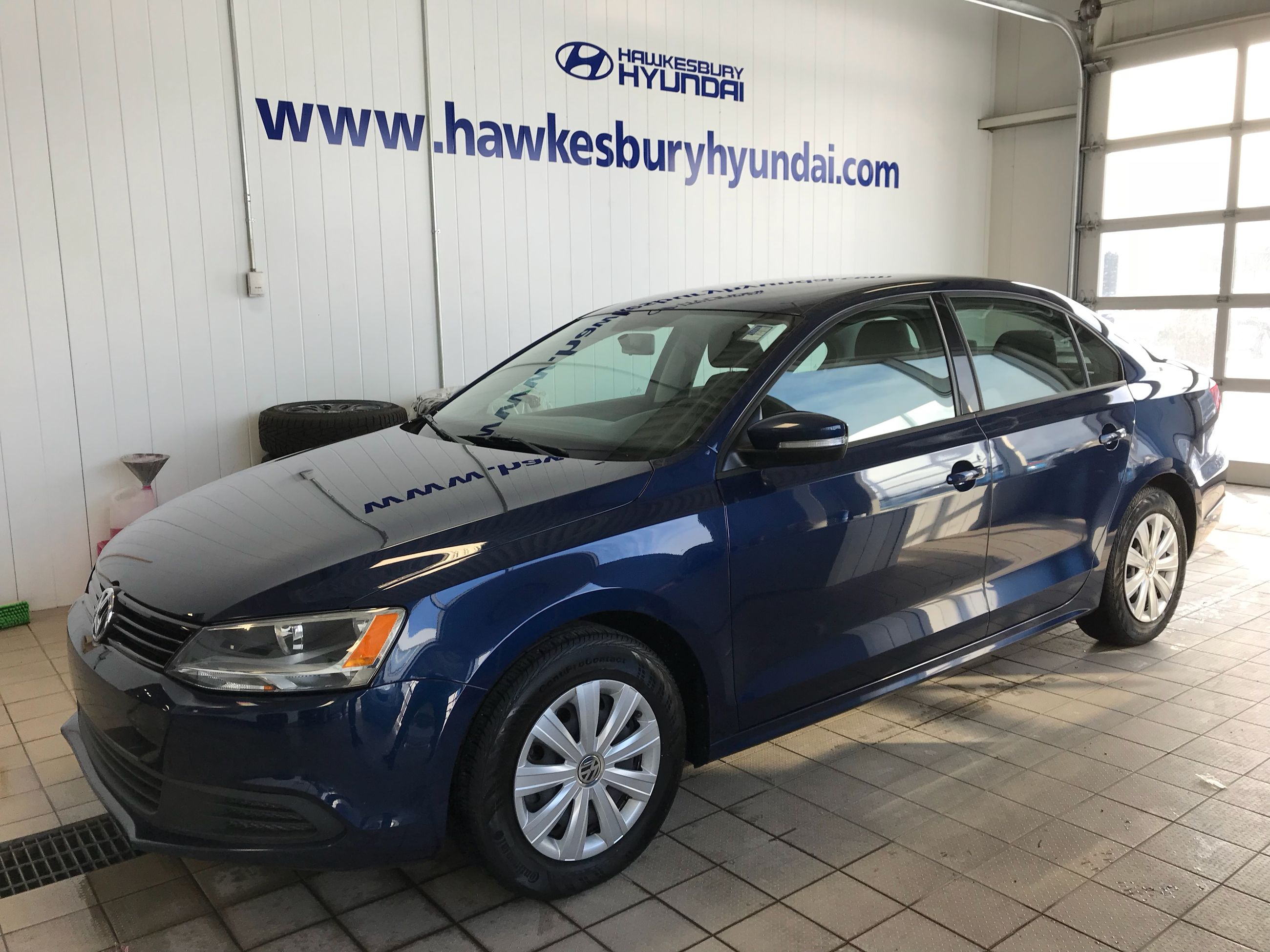 jetta hybrid large volkswagen for market image launched us tan paul version usa