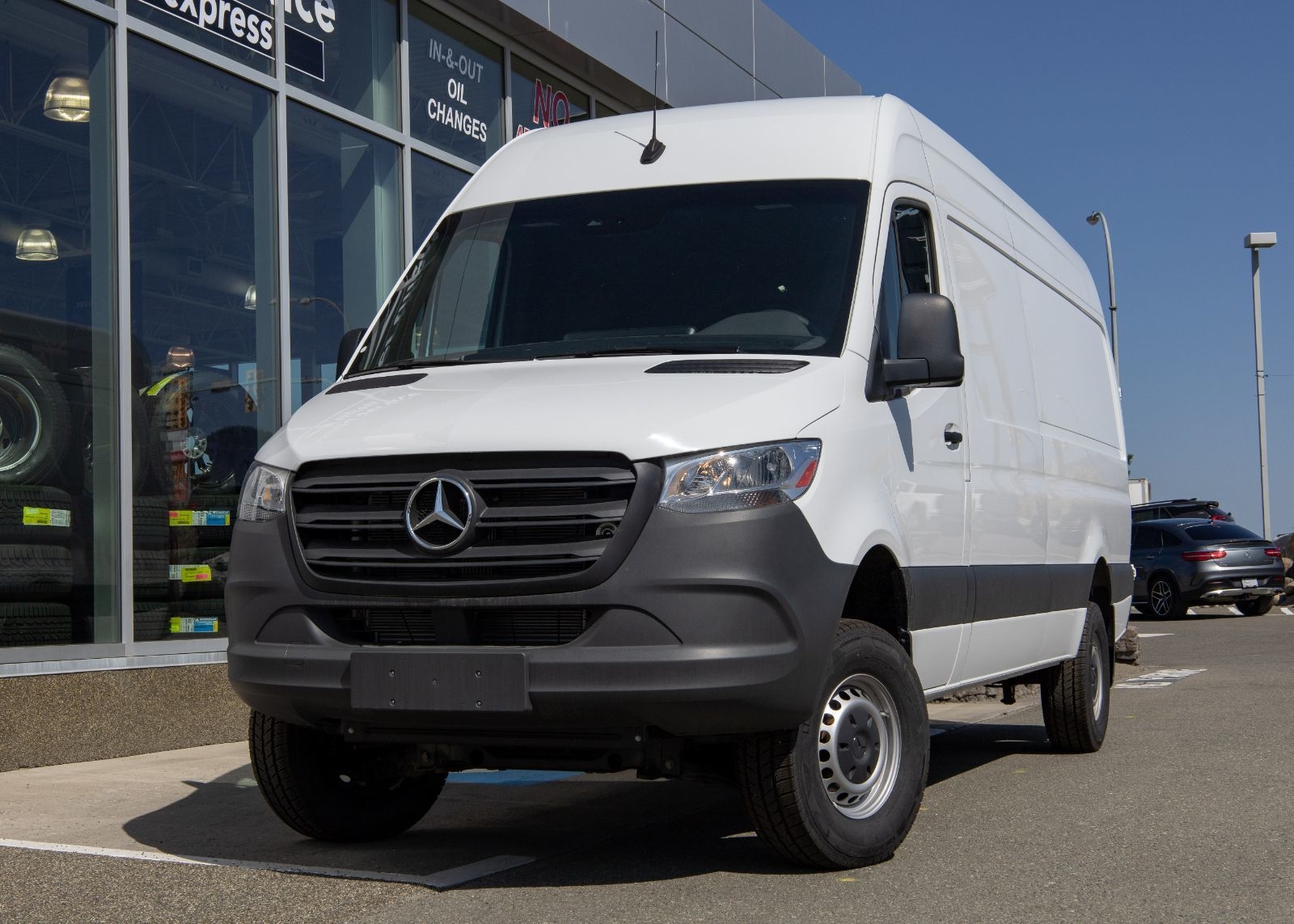 Mercedes Benz Kamloops New 2019 Mercedes Benz Sprinter 4x4 2500 Cargo 170 For Sale 72 998