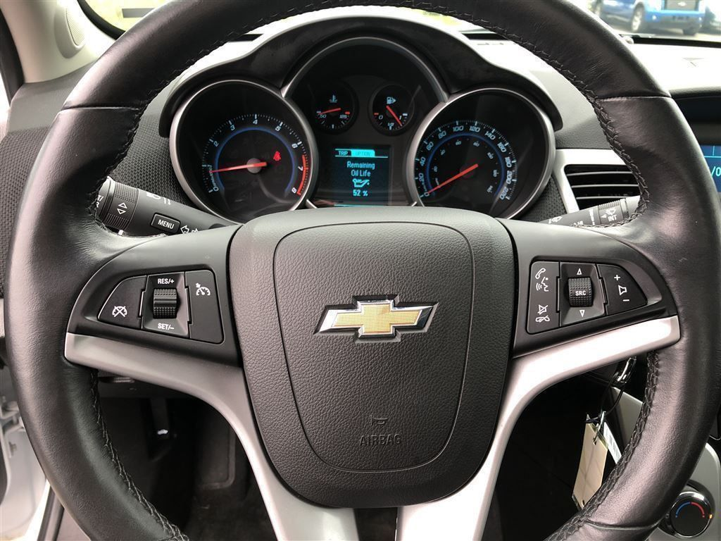 pre-owned 2014 chevrolet cruze 1lt 1.4 l turbo charged eco boost
