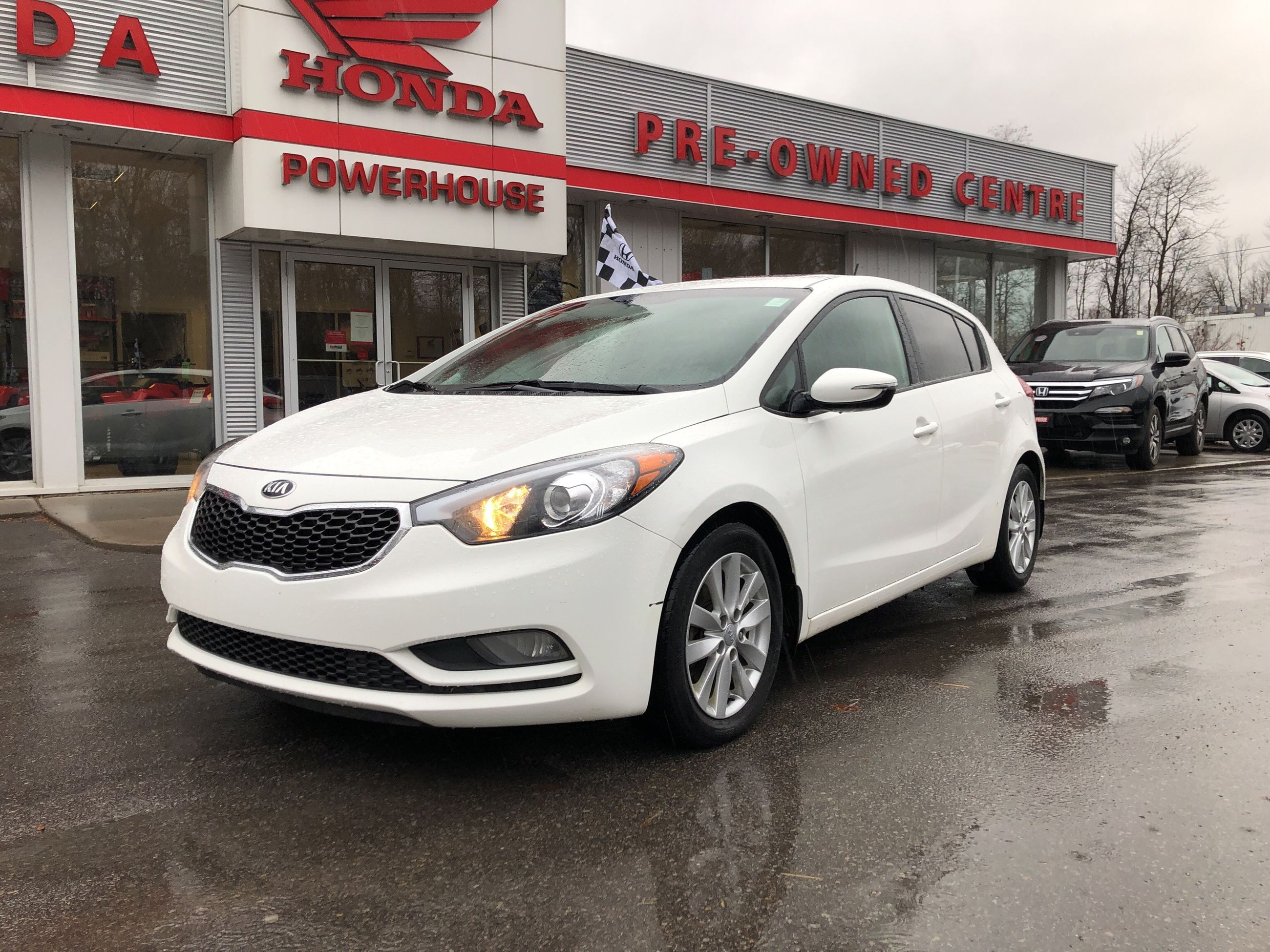 Pre Owned 2015 Kia Forte Lx Remote Start Heated Seats Traction Starter Control