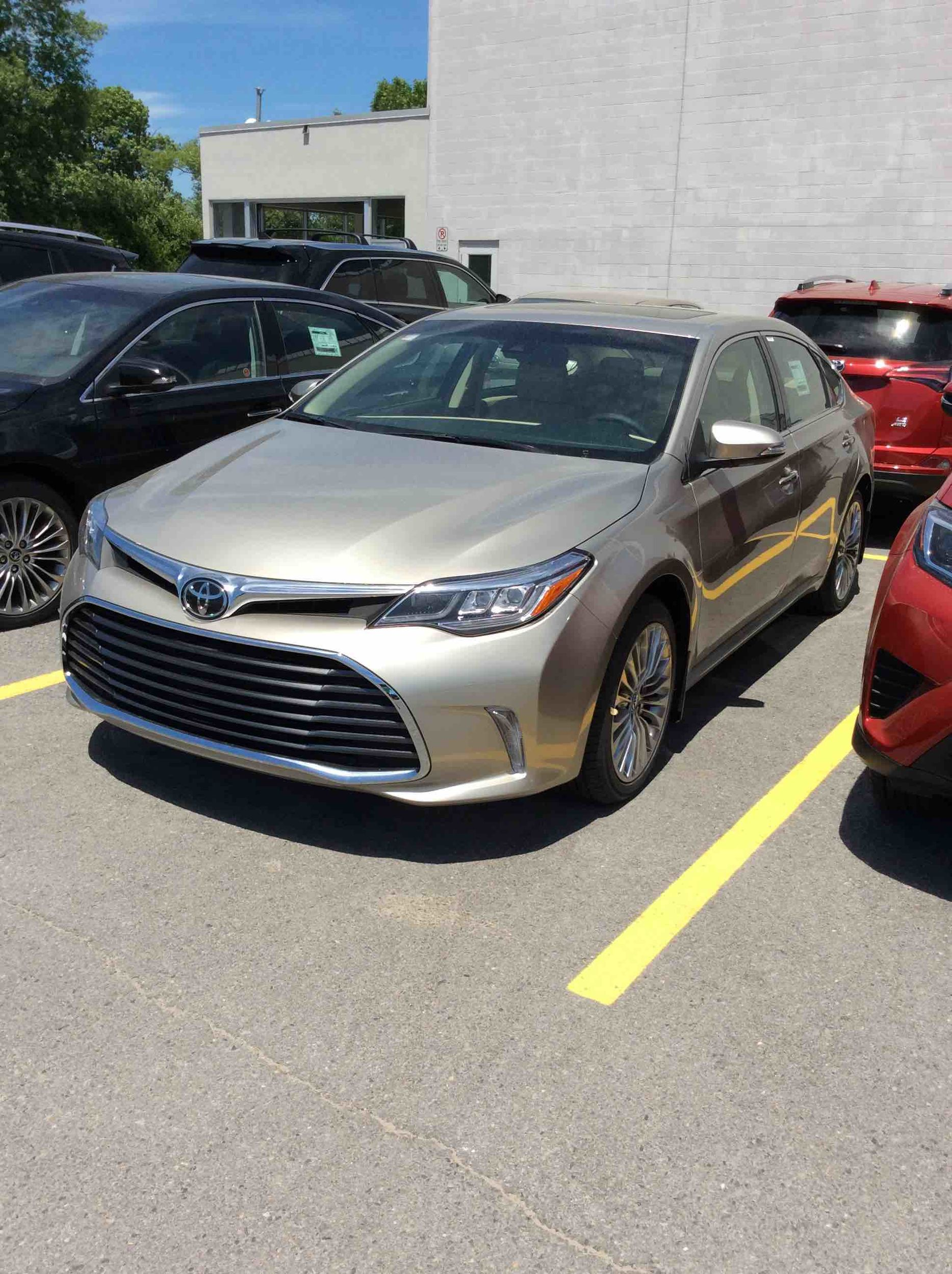 new 2016 toyota avalon limited for sale in kingston kingston toyota in kingston. Black Bedroom Furniture Sets. Home Design Ideas