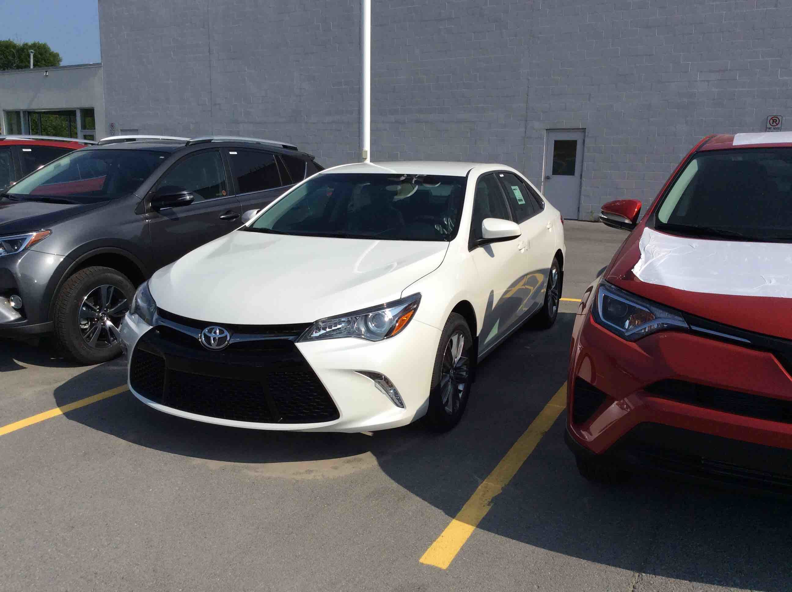4926456_06001_2017-toyota-camry_002 Stunning toyota Camry 2017 Le Vs Se Cars Trend