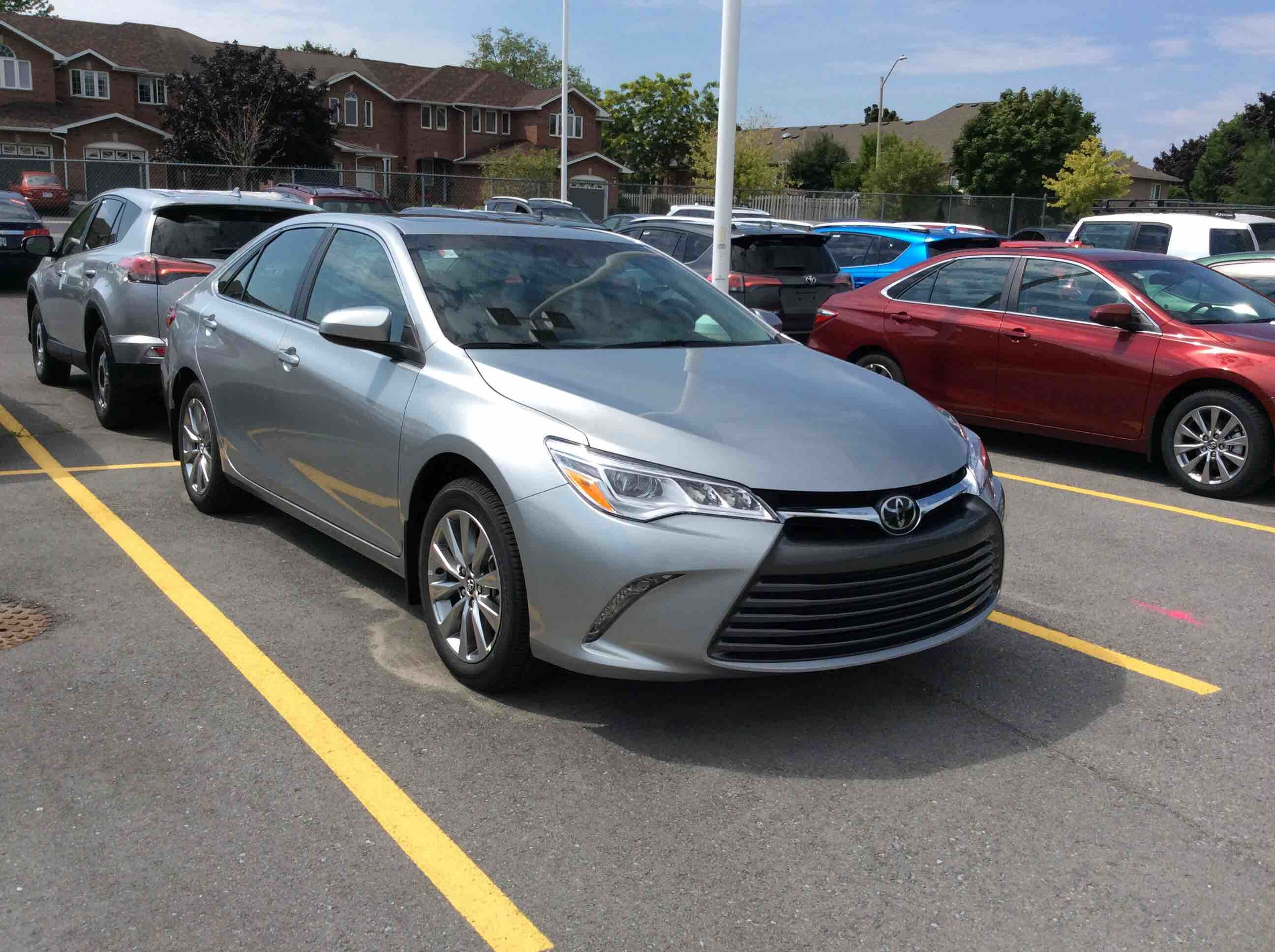 new 2017 toyota camry 4 door sedan xle v6 6a for sale in kingston kingston toyota in kingston. Black Bedroom Furniture Sets. Home Design Ideas