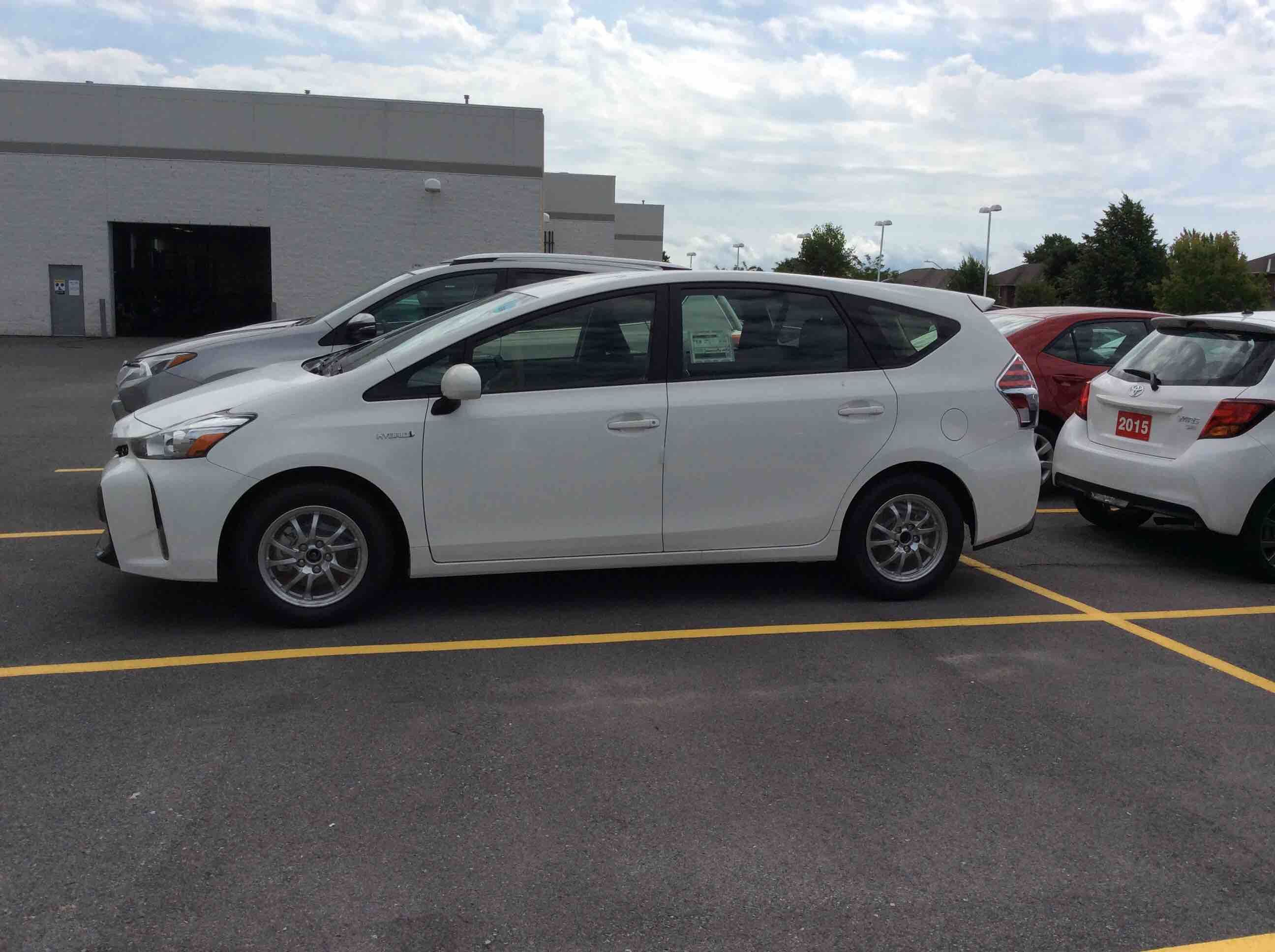 new 2017 toyota prius v for sale in kingston kingston toyota in kingston. Black Bedroom Furniture Sets. Home Design Ideas