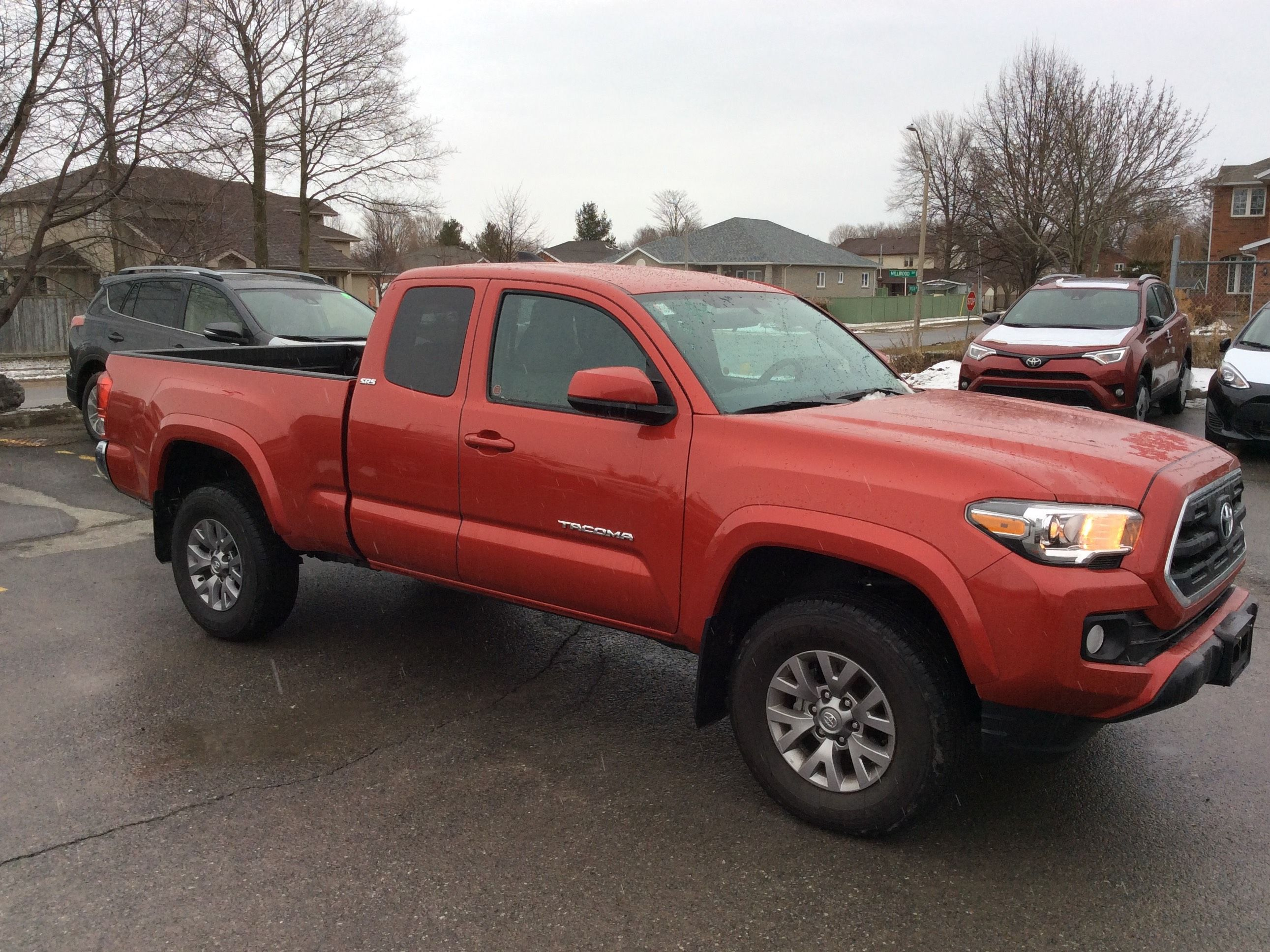 new 2017 toyota tacoma 4x4 4x4 access cab for sale in kingston kingston toyota in kingston. Black Bedroom Furniture Sets. Home Design Ideas