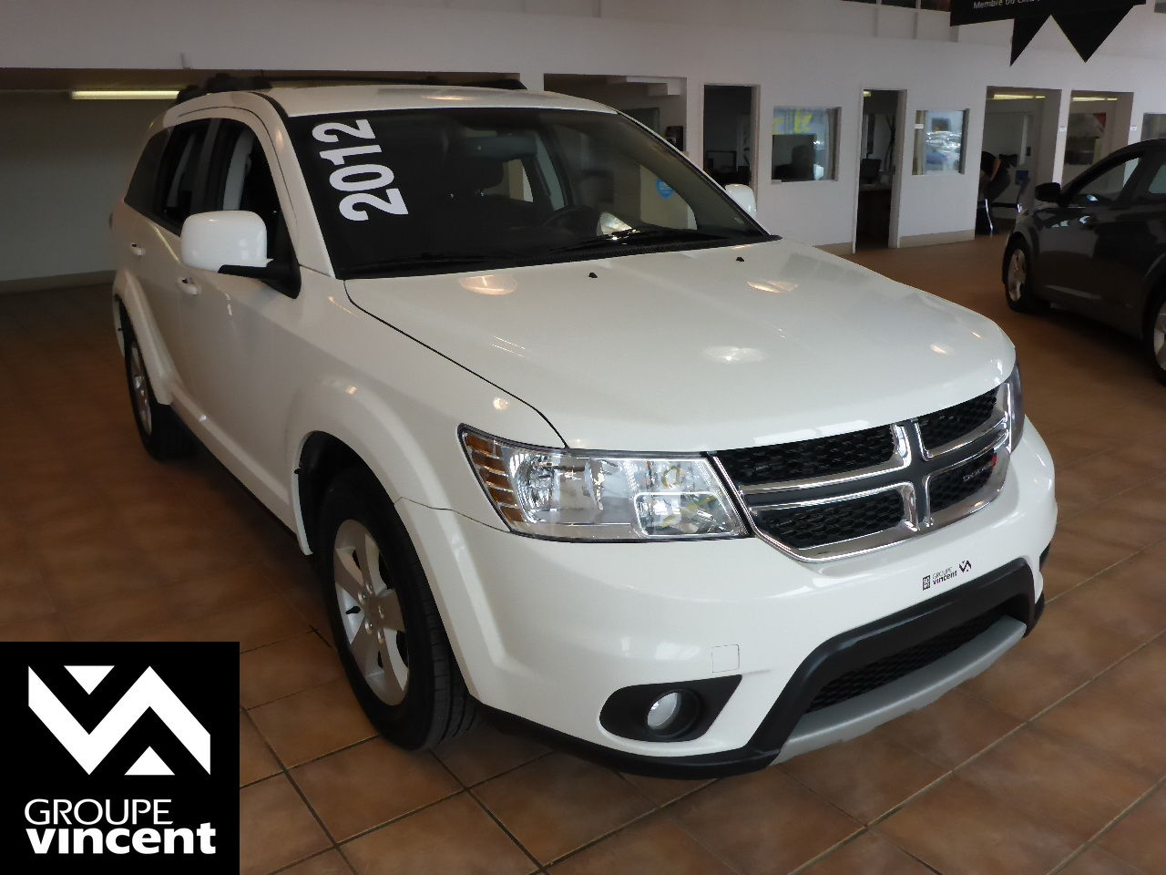 dodge journey sxt air 2012 d 39 occasion trois rivi res hyundai trois rivi res 70104b v. Black Bedroom Furniture Sets. Home Design Ideas