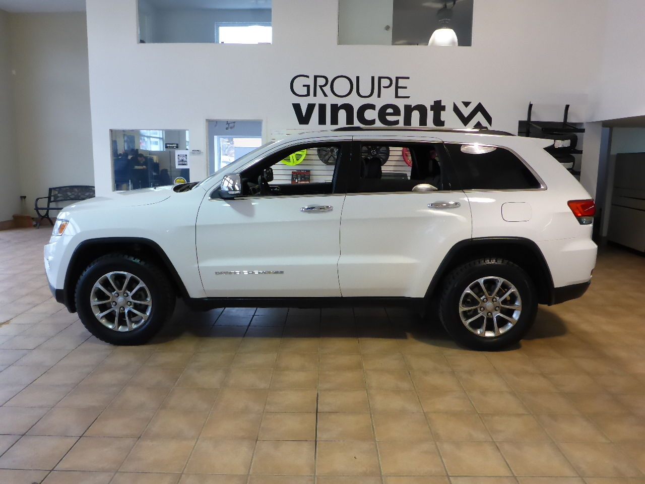 jeep grand cherokee limited awd garantie 10 ans 2016 d 39 occasion trois rivi res hyundai. Black Bedroom Furniture Sets. Home Design Ideas