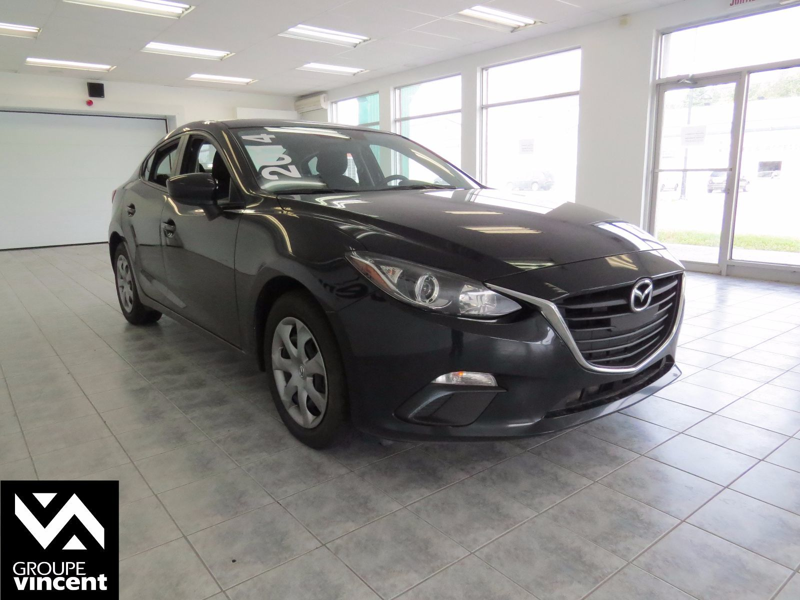 mazda 3 gx sky bluetooth 2014 d 39 occasion trois. Black Bedroom Furniture Sets. Home Design Ideas