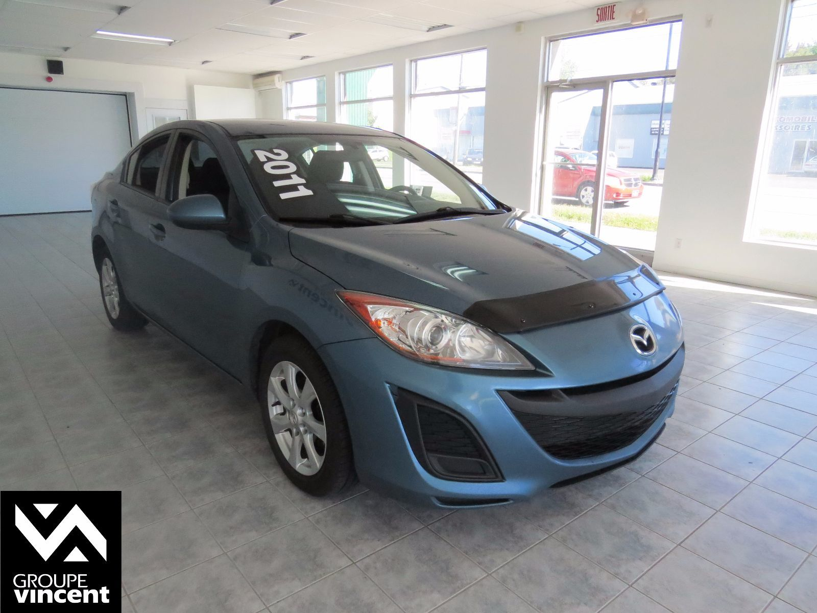 mazda mazda3 gx 2011 d 39 occasion shawinigan groupe. Black Bedroom Furniture Sets. Home Design Ideas