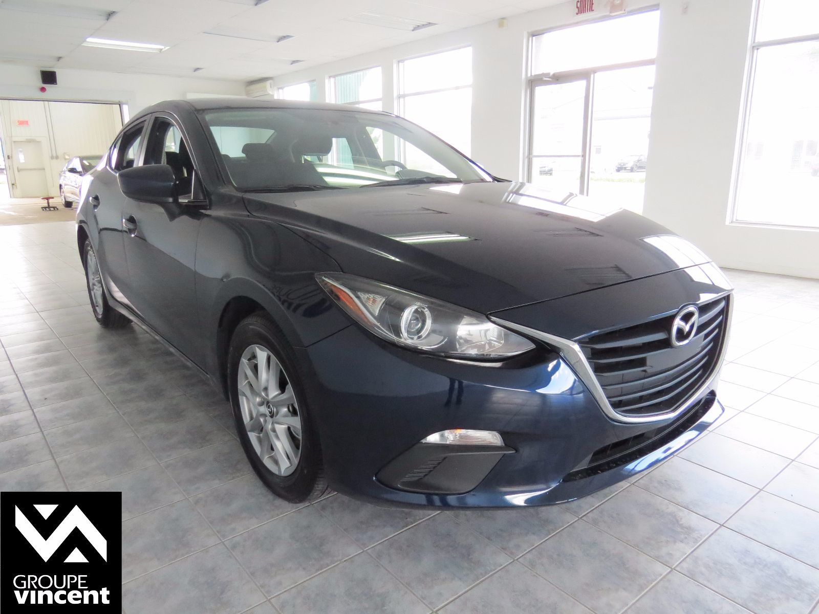 mazda 3 gs sky grand ecran 2014 d 39 occasion. Black Bedroom Furniture Sets. Home Design Ideas