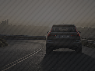 The engine and gearbox have been calibrated to provide faster responses when the driver suddenly lifts off the throttle, providing improved predictability and control.