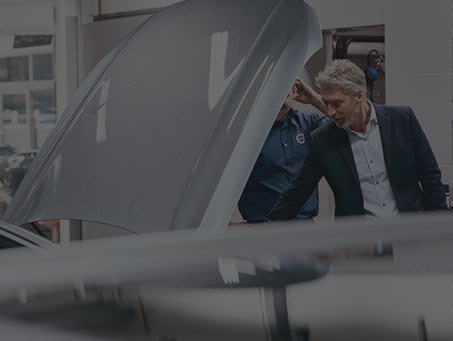 Volvo-Certified repair centres have the right equipment and training so that your Volvo will be repaired properly in the event of a collision.