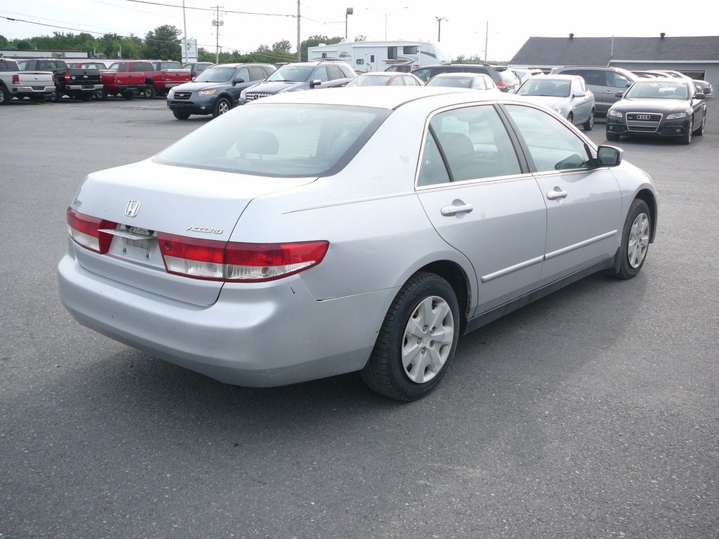 Used 2003 Honda Accord Sdn Lx G In Granby Inventory Centre Tail Light