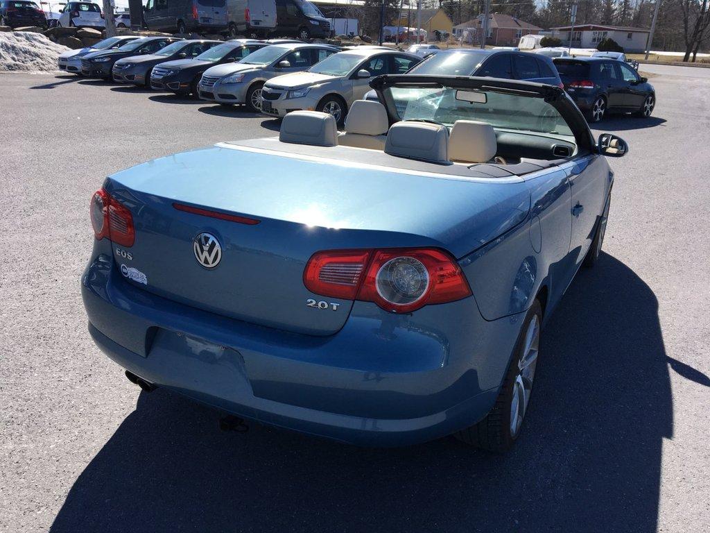 Volkswagen Eos Trendline + décapotable + toit ouvrant + km  bas